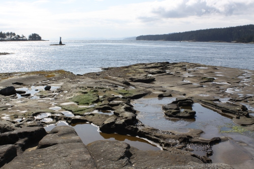 Gabriola Pass light