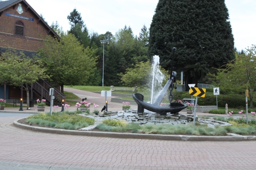 Welcome to Ladysmith. An early morning birdbath. Any place with a downtown roundabout has something going for it. The anchor was salvaged from the harbour bottom.