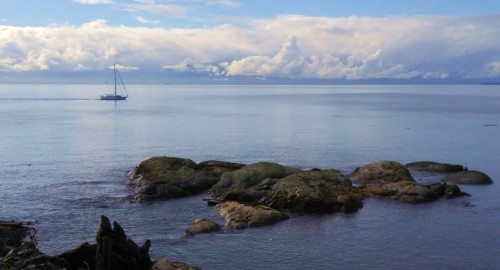 Doing south correctly. A rare millpond-smooth day on the Strait Of Juan De Fuca. but wait five minutes. This vessel is pointing in the general direction of Race Point, gateway to the South Pacific and so many sailor's dreams.